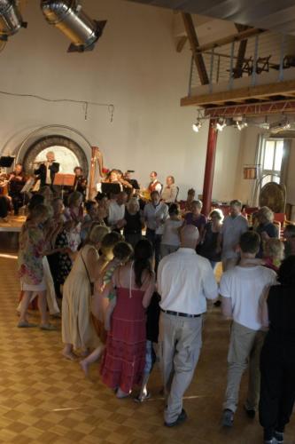 Sommerserenade im Klanghaus am See – Tanz zu Musik aus dem Programm